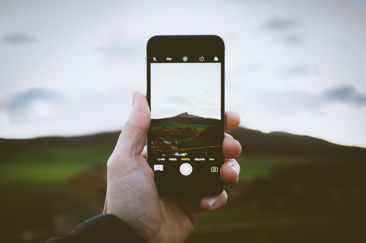 Come fare belle foto con i cellulari: conosci i limiti e sfruttali a tuo favore