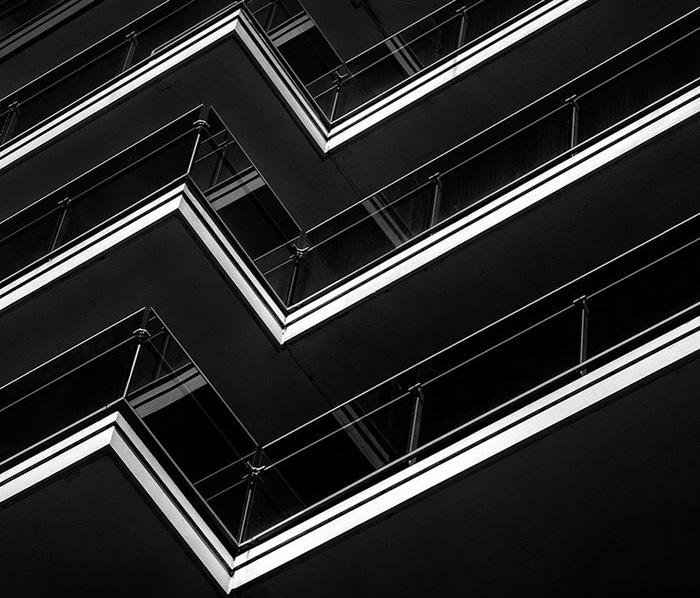 Sotto la lente 73: Un palazzo che ipnotizza