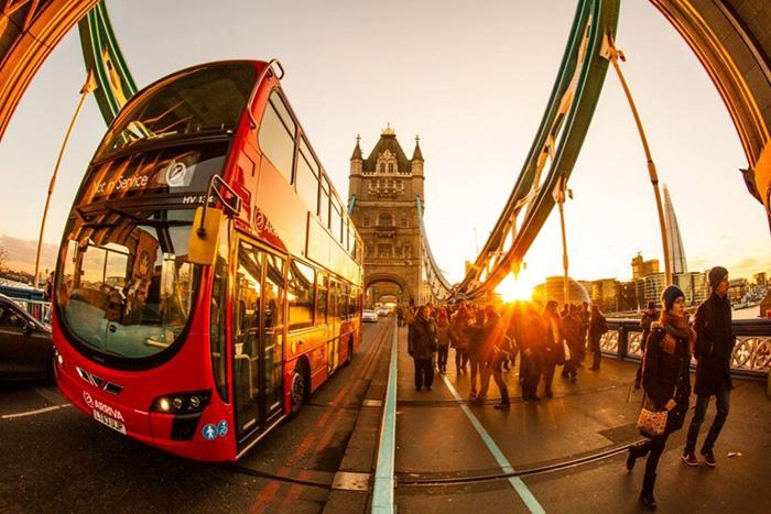 Sotto la lente 66: non la solita foto di Londra