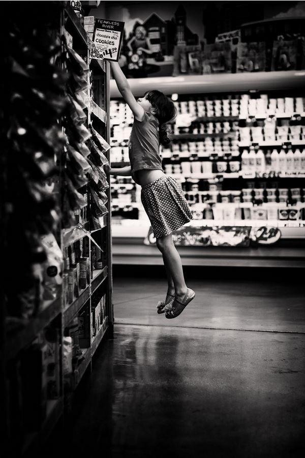Sotto la lente 68: street photography al supermercato