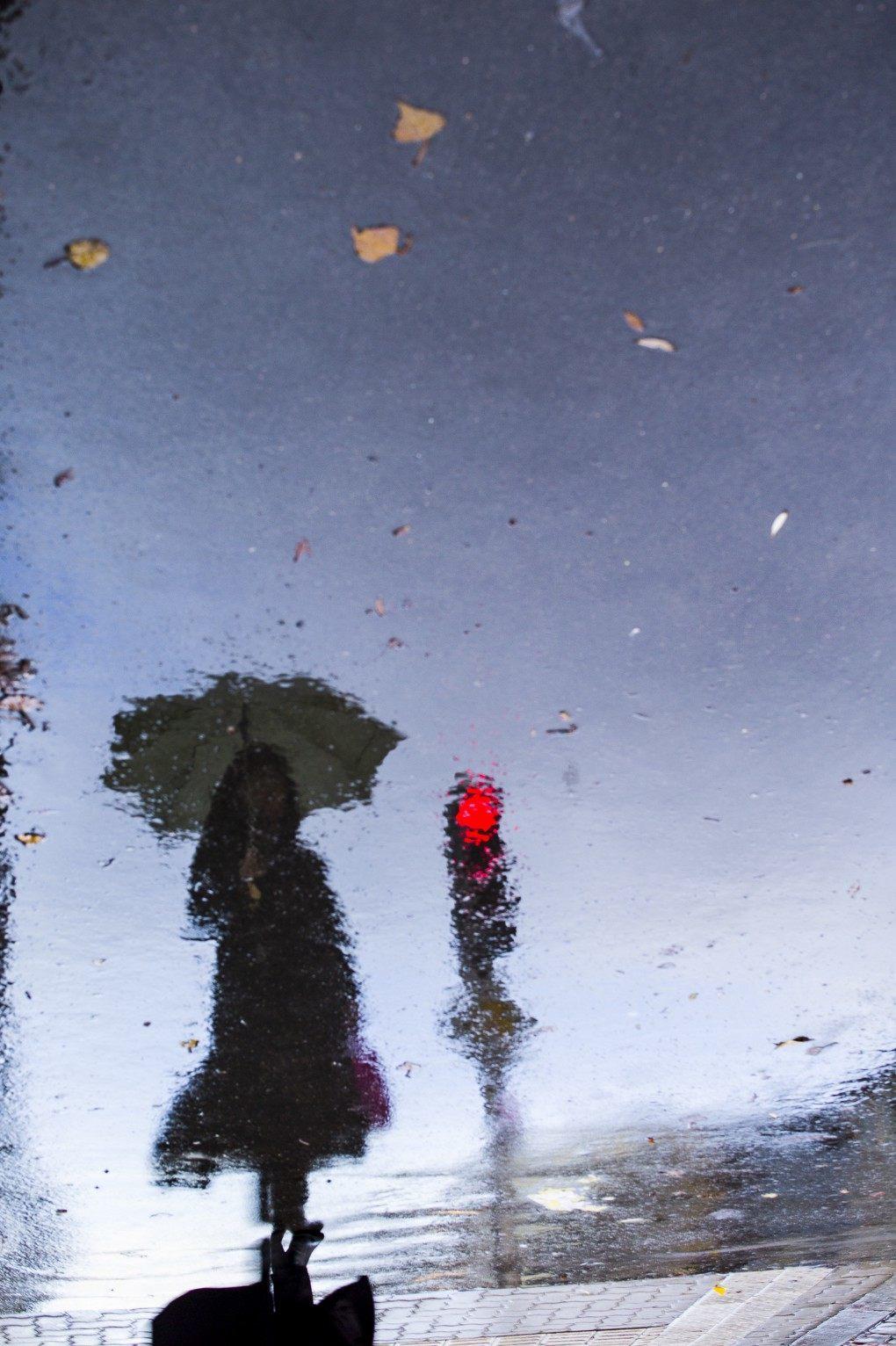 06_pozzanghere_fotografia_strada_semaforo
