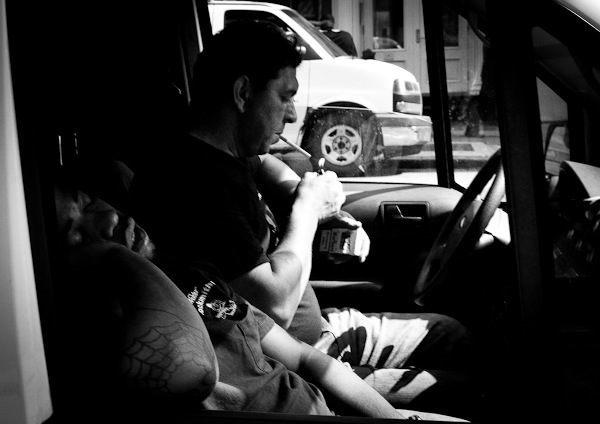 Street Photography - Coppia di fabbri in un furgone