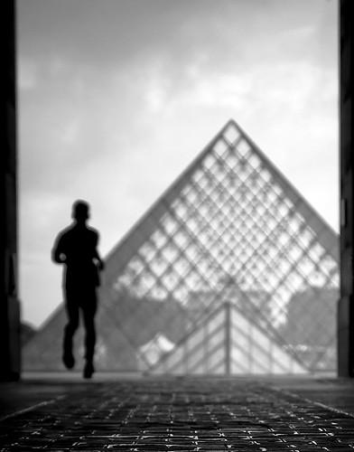 La Pyramide du Louvre by Gregory Bastien, on Flickr