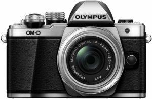 mirrorless Olympus E-M10 Mark II