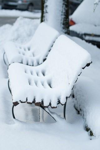 foto neve bilanciamento del bianco blu