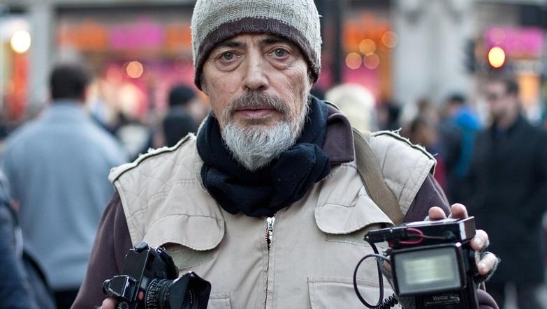 5 lezioni da Bruce Gilden, il fotografo di strada più temerario di sempre