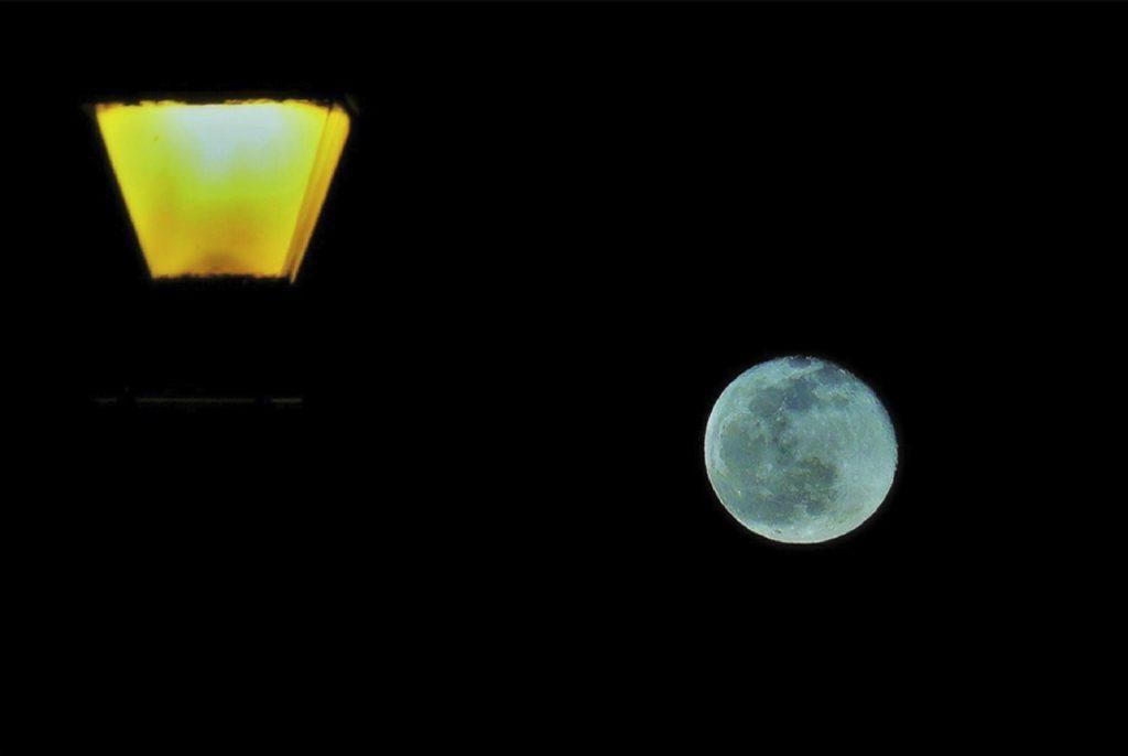 Guida completa per fotografare la Luna